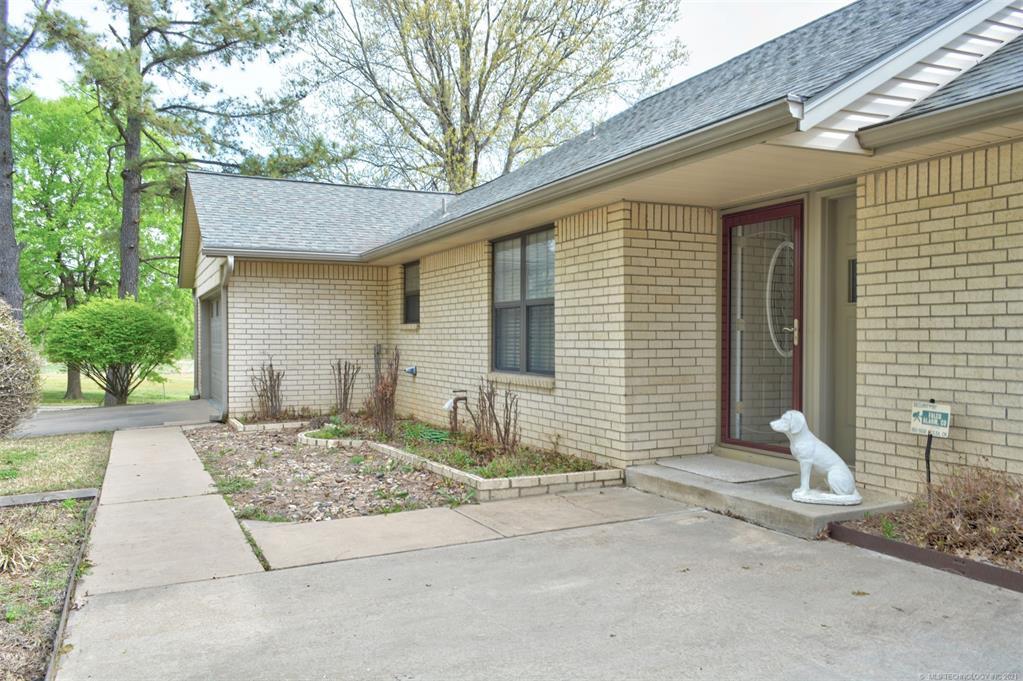 Off Market   527 N Lynn Lane Catoosa, Oklahoma 74015 6
