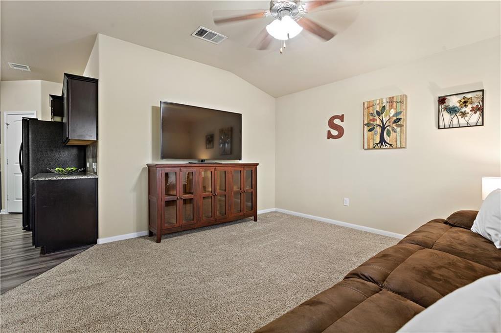 Closed | 100 Wilson Court Hutto, TX 78634 4