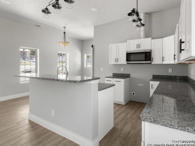 Pending | 677 Stagecoach Trl Spring Branch, TX 78070 6
