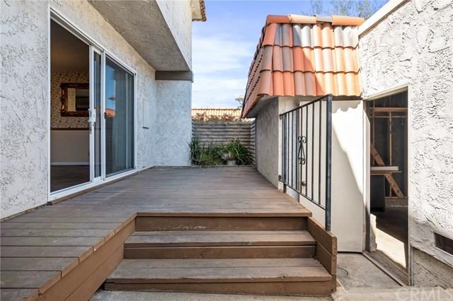 Pending | 27935 Ridgebrook Court Rancho Palos Verdes, CA 90275 29