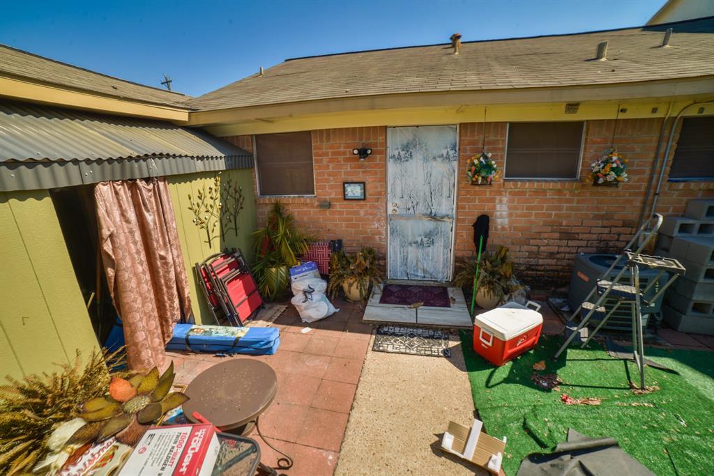 Pending | 3302 Burke Road #1 Pasadena, Texas 77504 15