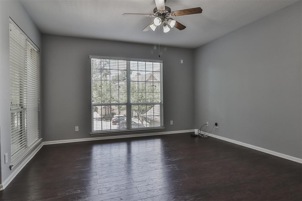Pending | 6607 Lake Woodlands Drive #222 The Woodlands, Texas 77382 14