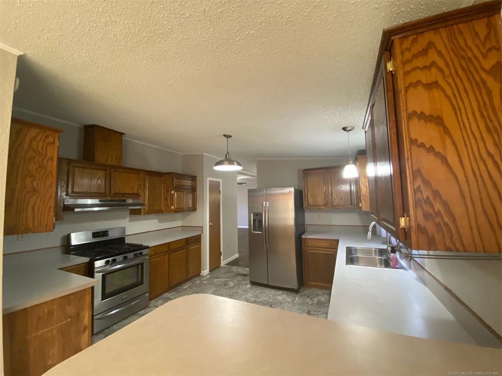Active   10930 E 114th Street N Owasso, Oklahoma 74055 10