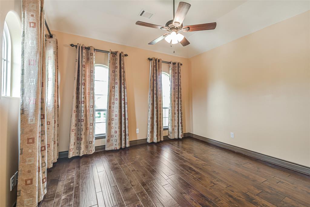 Active   17103 Crooked Oak Drive Cypress, Texas 77429 38