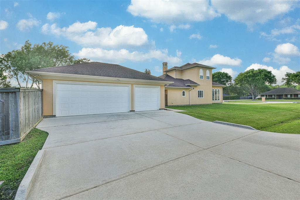 Active   17103 Crooked Oak Drive Cypress, Texas 77429 43