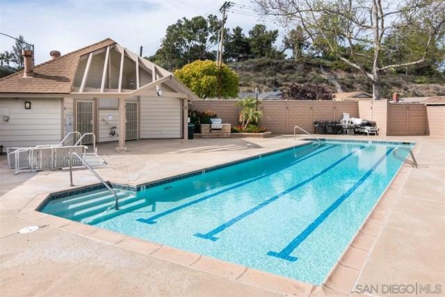 Closed | 4543 Chateau Dr San Diego, CA 92117 23