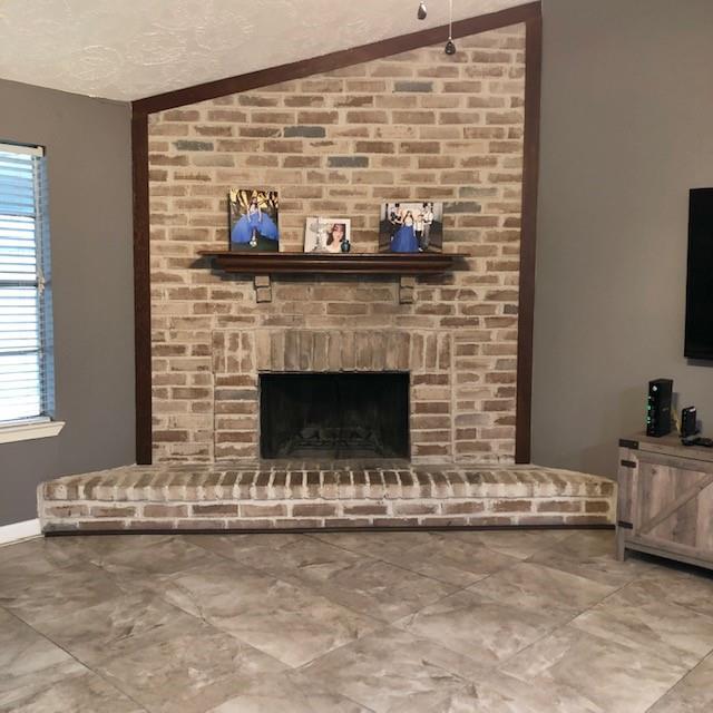 Pending | 10103 Jademont Lane Houston, Texas 77070 6