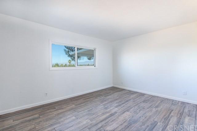 Closed   935 Falmouth Street Thousand Oaks, CA 91362 28