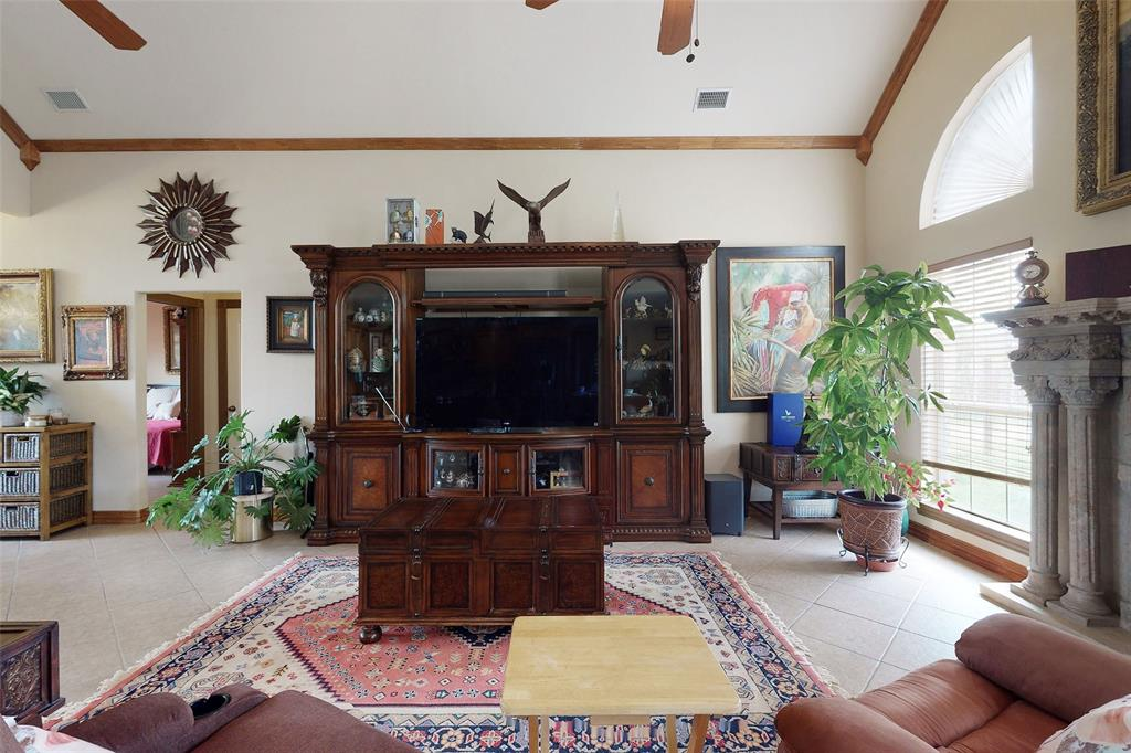 Sold Property   12534 Ravenview Road Dallas, Texas 75253 15