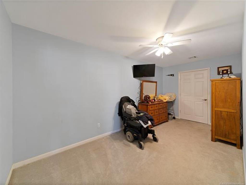 Off Market   55 Lakewood Drive Spavinaw, Oklahoma 74366 14