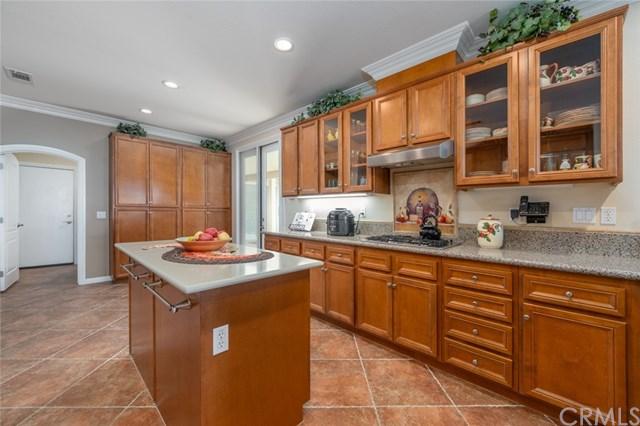 Pending | 393 Mesa Verde Beaumont, CA 92223 13
