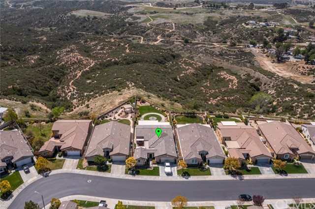 Pending | 393 Mesa Verde Beaumont, CA 92223 34