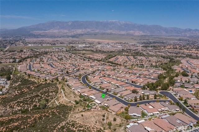 Pending | 393 Mesa Verde Beaumont, CA 92223 39