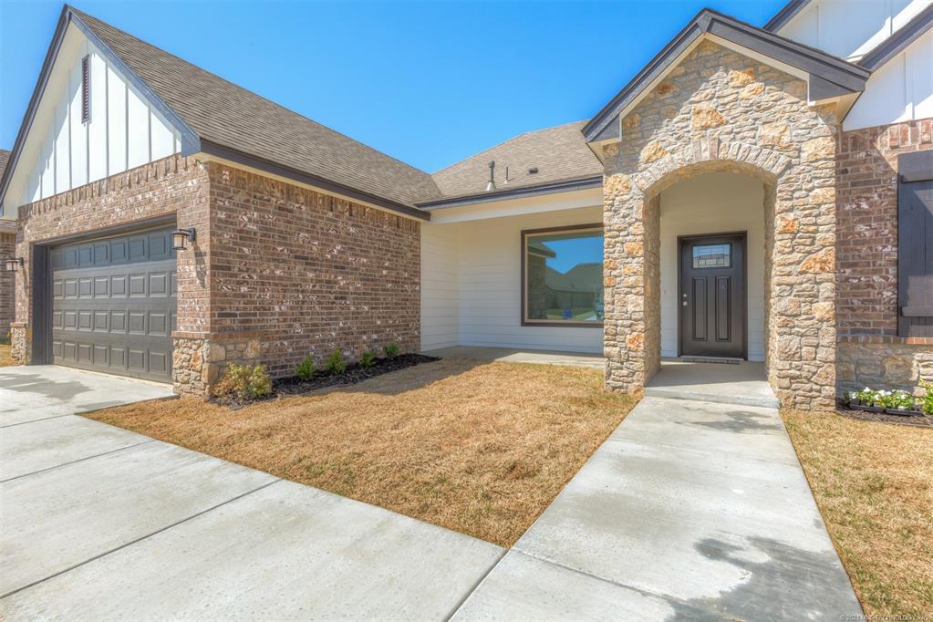 Off Market | 10414 S 232nd East Avenue Broken Arrow, Oklahoma 74014 2