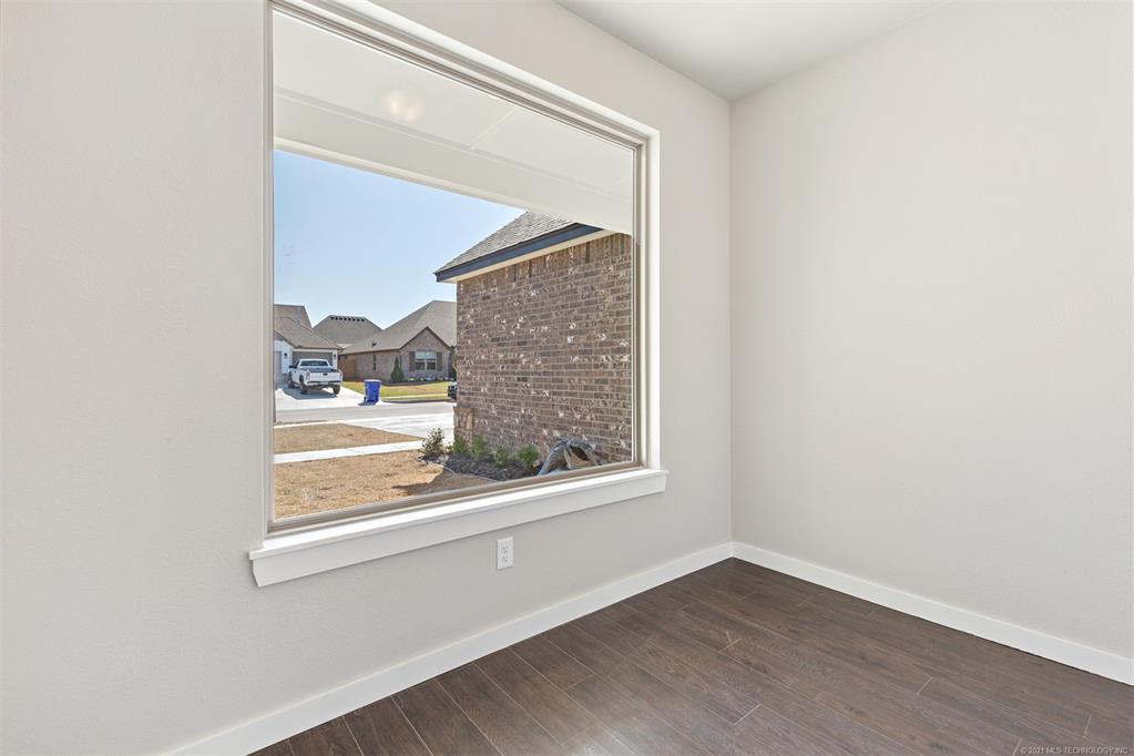 Off Market | 10414 S 232nd East Avenue Broken Arrow, Oklahoma 74014 7