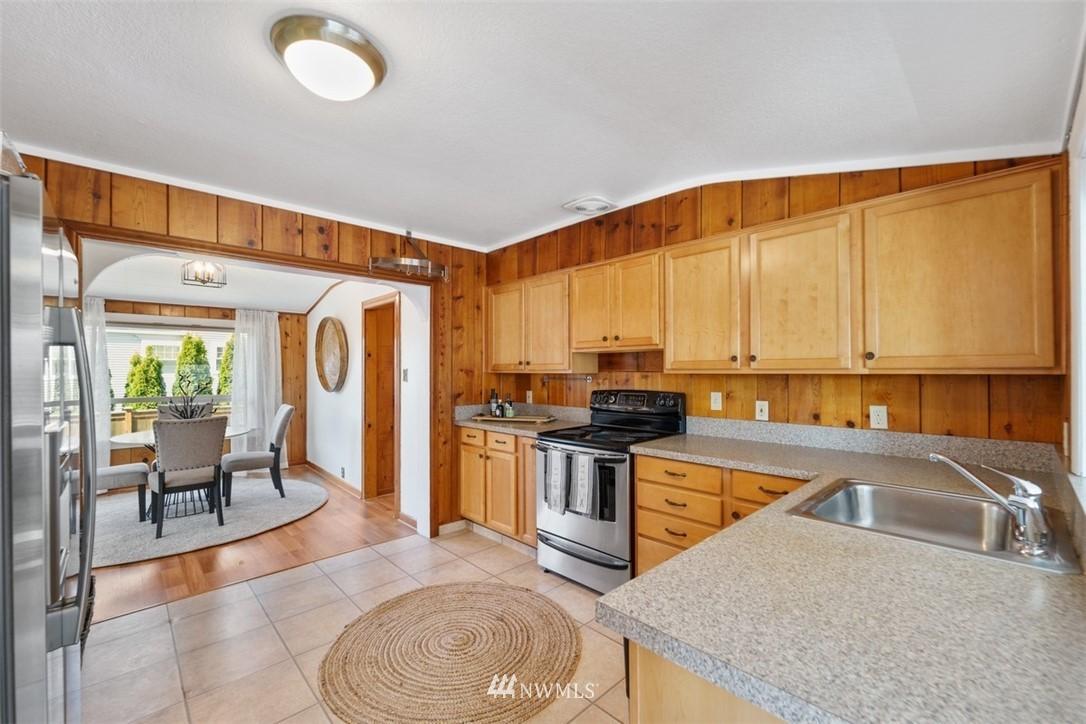 Sold Property | 5408 S Budd Court Seattle, WA 98118 4