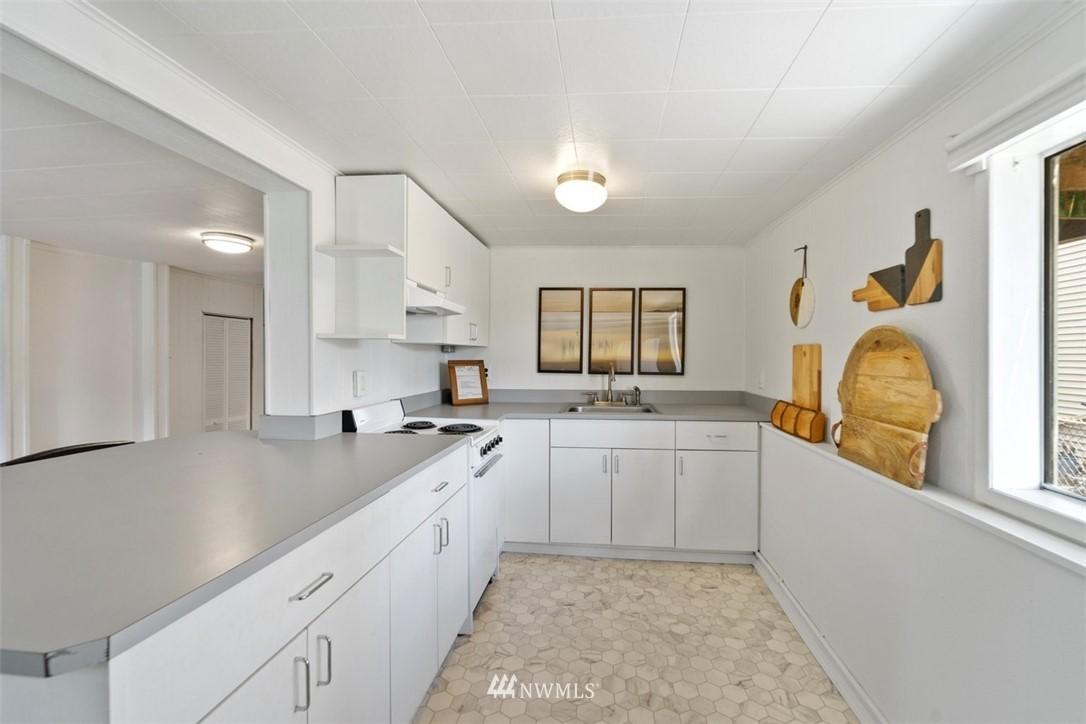 Sold Property | 5408 S Budd Court Seattle, WA 98118 16