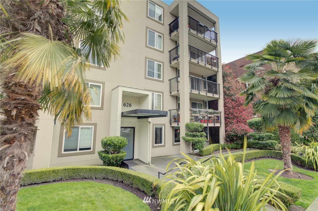 Pending | 626 4th Avenue W #303 Seattle, WA 98119 31