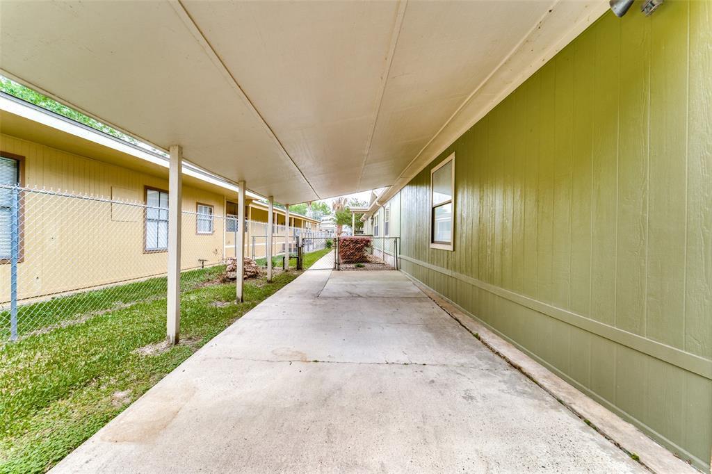 Option Pending | 13532 N Lee Shore Drive Willis, Texas 77318 33