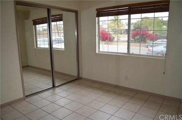 Closed | 10390 Cypress Avenue Riverside, CA 92505 16