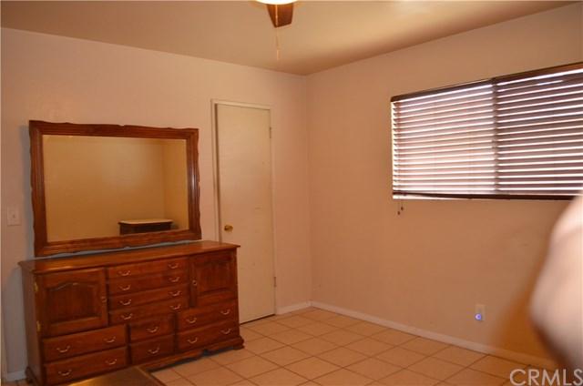 Closed | 10390 Cypress Avenue Riverside, CA 92505 17