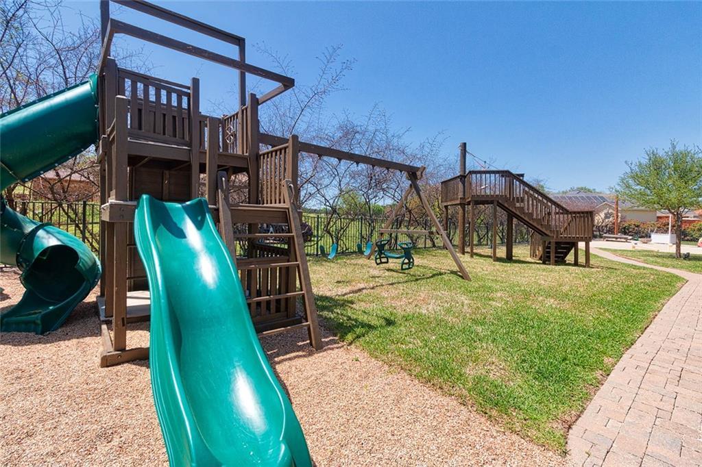 Pending | 6009 Stillwood Circle Killeen, TX 76543 8