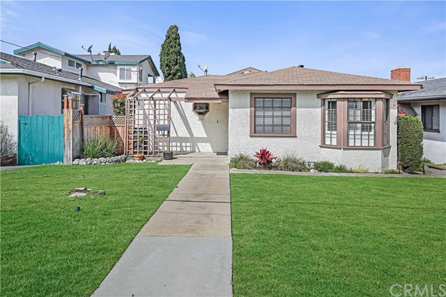Active Under Contract | 439 Lomita Street El Segundo, CA 90245 1