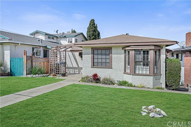 Active Under Contract | 439 Lomita Street El Segundo, CA 90245 4