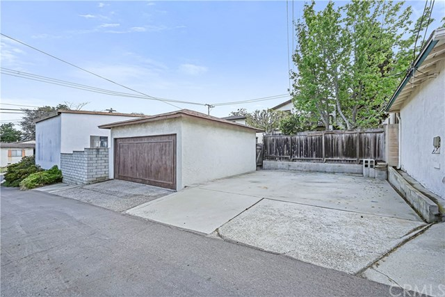 Active Under Contract | 439 Lomita Street El Segundo, CA 90245 29