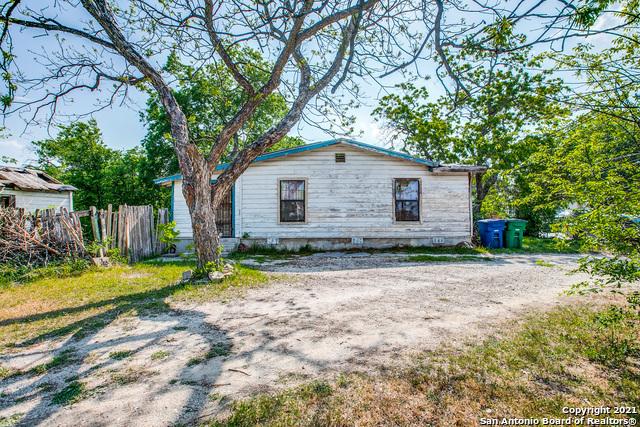 Active Option | 4231 Fortuna San Antonio, TX 78237 1
