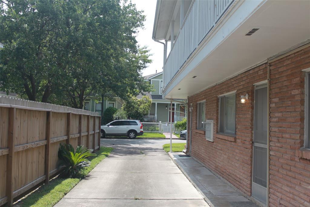 Off Market | 1432 Harvard Street #2 Houston, Texas 77008 3
