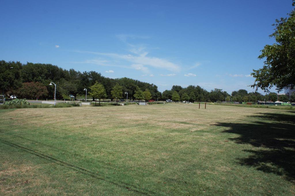 Closed   1201 Tinnin Ford Road #1 Austin, TX 78741 16