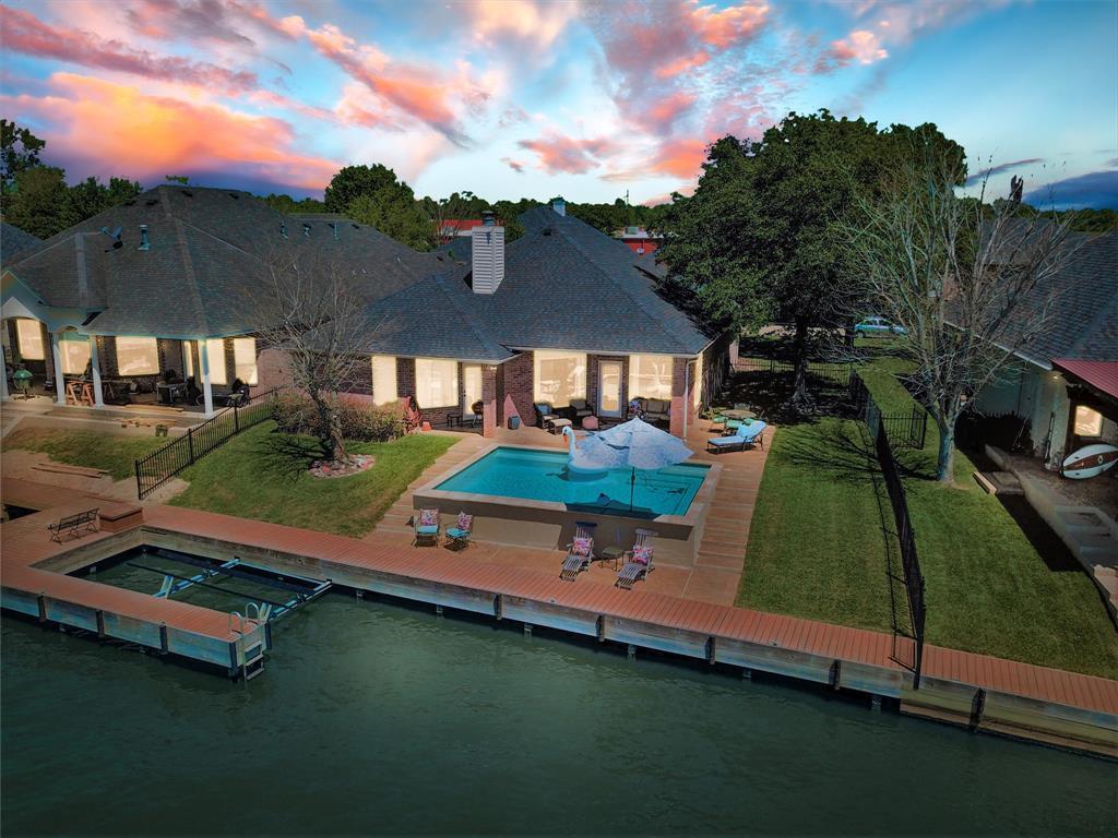 Option Pending   13641 Lakeside Place Drive Willis, Texas 77318 0