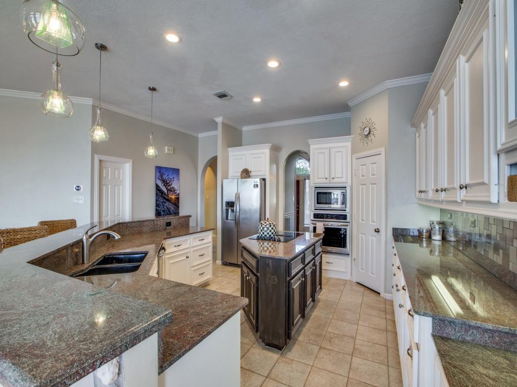 Option Pending   13641 Lakeside Place Drive Willis, Texas 77318 18