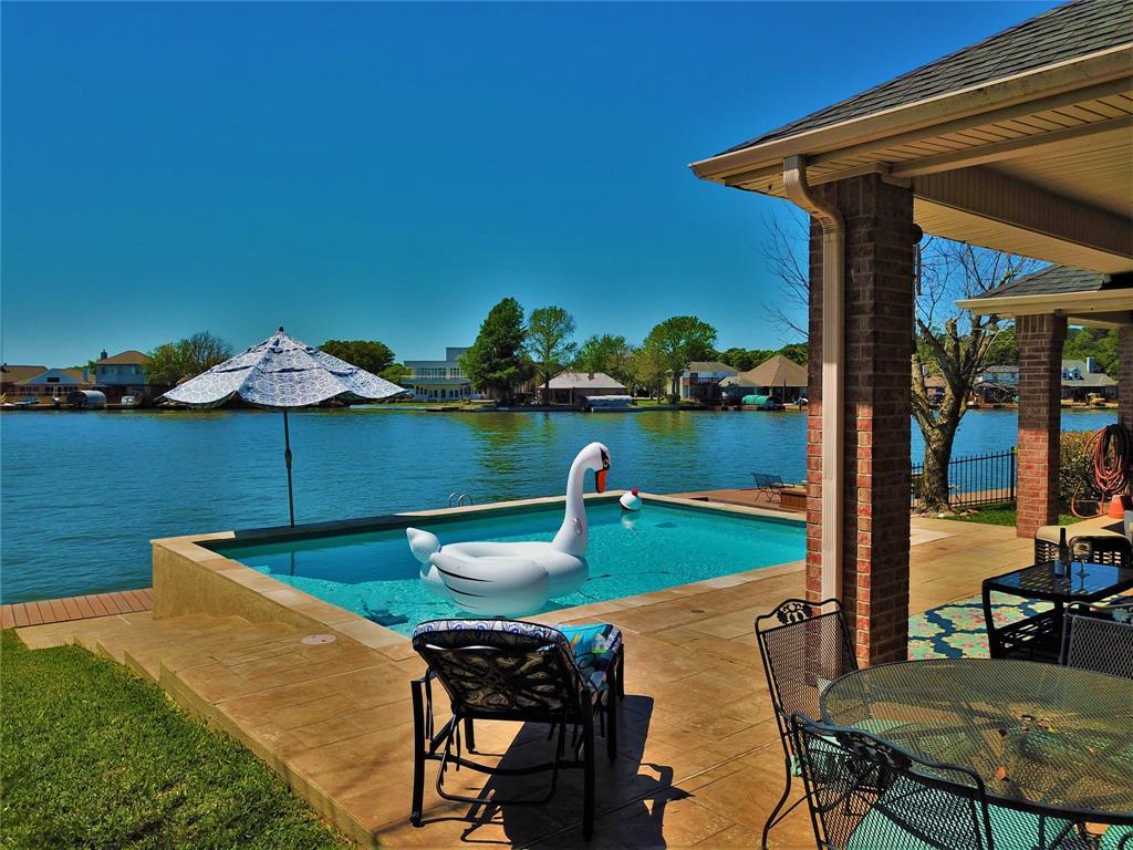 Option Pending   13641 Lakeside Place Drive Willis, Texas 77318 1