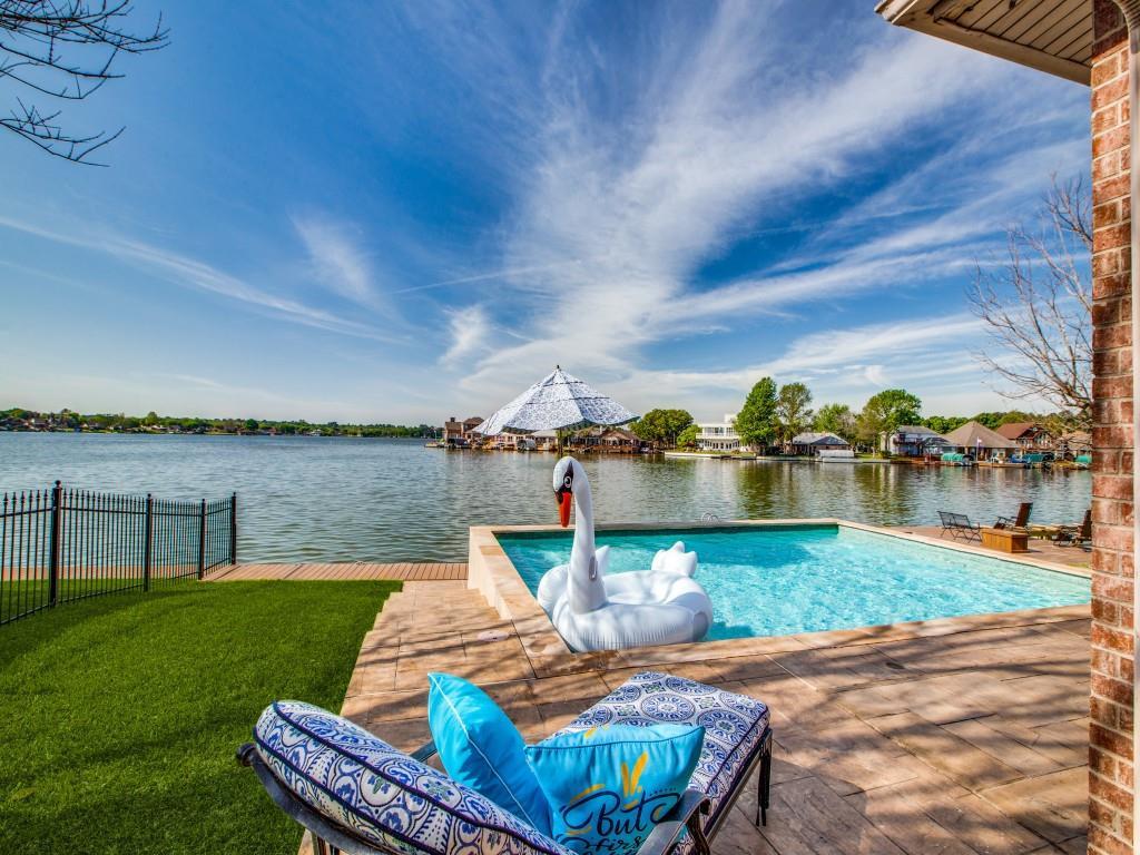 Option Pending   13641 Lakeside Place Drive Willis, Texas 77318 37