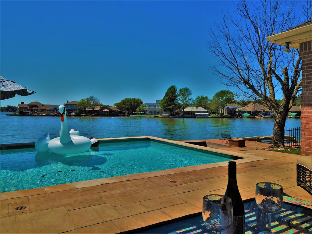 Option Pending | 13641 Lakeside Place Drive Willis, Texas 77318 5