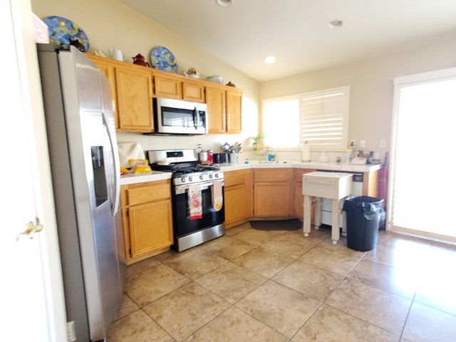 Active Under Contract | 83174 Albion Drive Indio, CA 92201 8