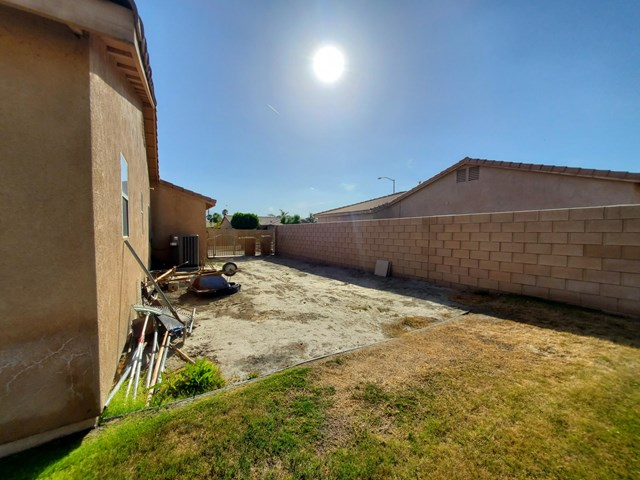 Active Under Contract | 83174 Albion Drive Indio, CA 92201 10