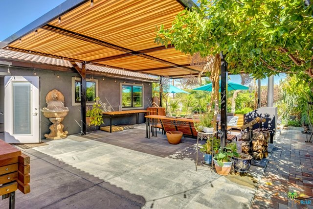 Closed   2168 Lawrence Street Palm Springs, CA 92264 38