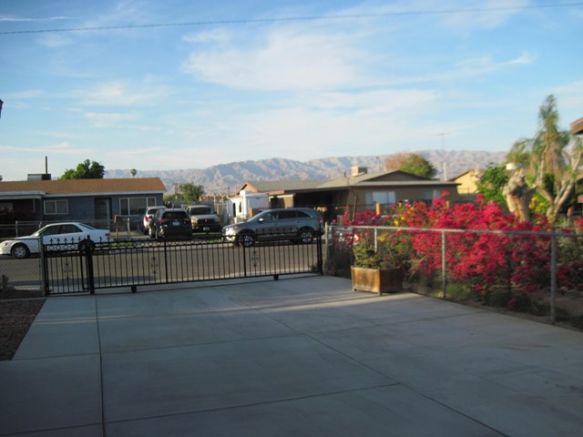 Pending | 83681 Cardinal Avenue Indio, CA 92201 2