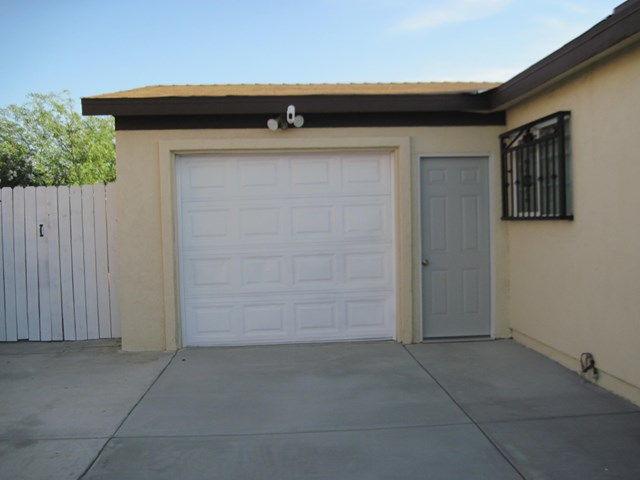 Pending | 83681 Cardinal Avenue Indio, CA 92201 40