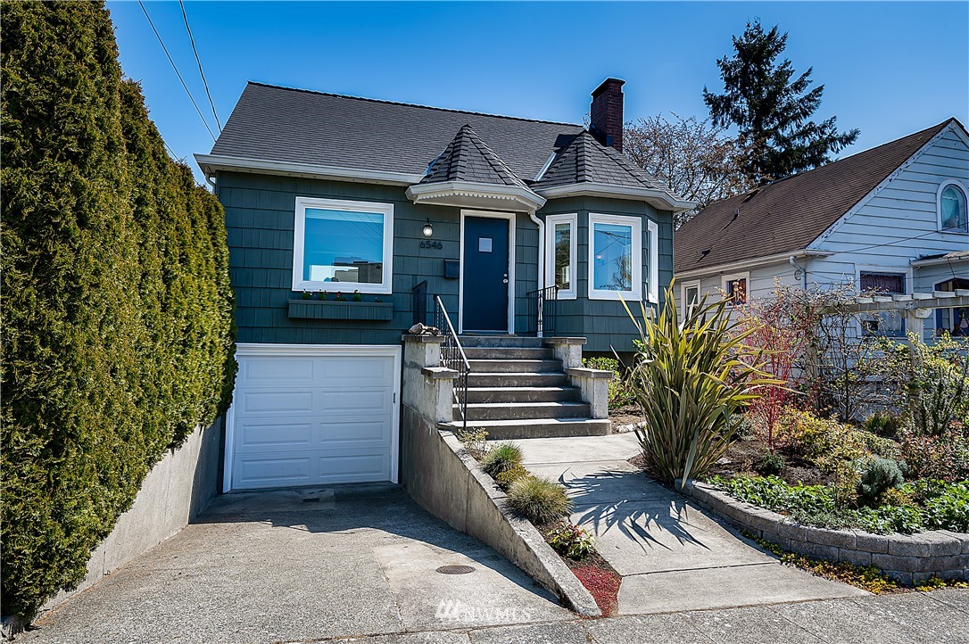Pending | 6546 12th Avenue NW Seattle, WA 98117 1