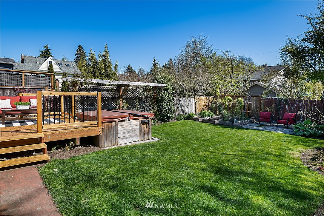 Pending | 6546 12th Avenue NW Seattle, WA 98117 27