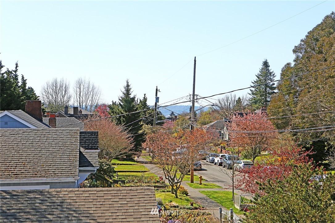 Pending | 1223 NW 83rd Street Seattle, WA 98117 16