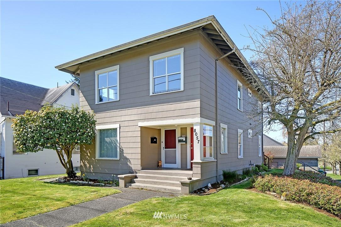 Pending | 8057 11th Avenue NW Seattle, WA 98117 1