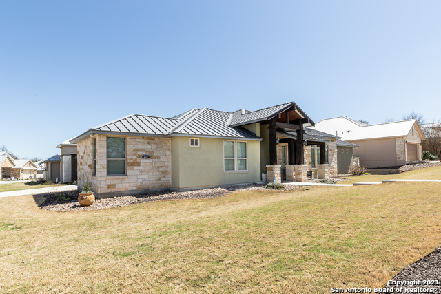 Off Market   225 Knoll Springs Boerne, TX 78006 1