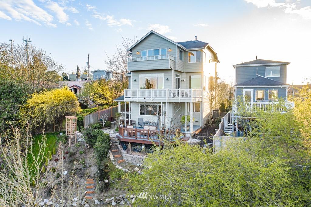 Sold Property | 6725 35th Avenue SW Seattle, WA 98126 37