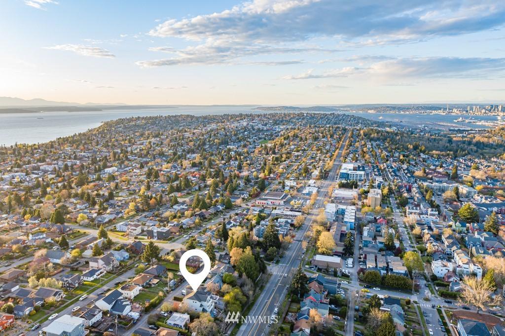 Sold Property | 6725 35th Avenue SW Seattle, WA 98126 6