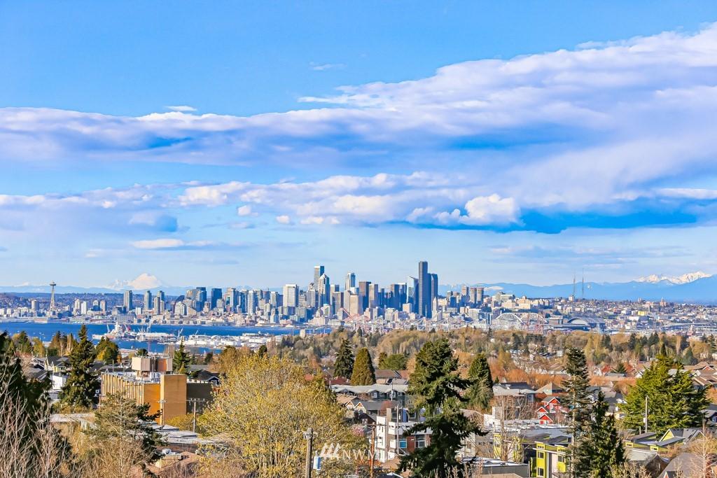 Sold Property | 6725 35th Avenue SW Seattle, WA 98126 1